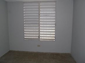 SAN JUAN / URB. COLINAS DE MONTECARLO