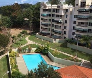 Roommate/Estudiante WalkUp PH - Alt de San Juan