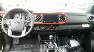 Toyota Tacoma TRD Off Road Gris Oscuro 2016