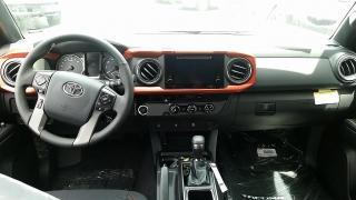 Toyota Tacoma TRD Sport Gris Oscuro 2016