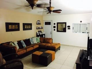 Bella Casa en Dorado, Excelentes condiciones!