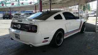 Ford Mustang GT Deluxe Blanco 2007