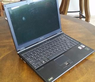 Laptop Sony Vaio VGN-SZ750N