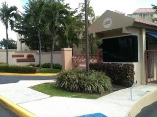 Cond. Plaza Suchville - Con vista a la piscina