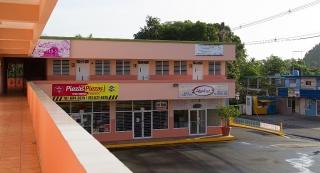 Local comercial de 600 p/c expandible a 1,200 p/c aproximado.