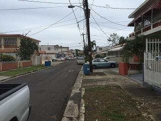 Urb Valencia calle Armedo