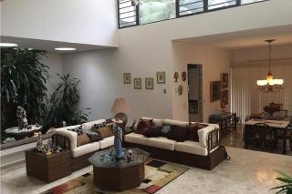 Hermosa casa en Beverly Hills