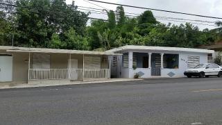 2 casas, tres apartamentos. Residencial y comercial