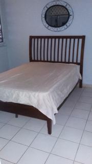 "Cama ""full"" con box spring & mattress"