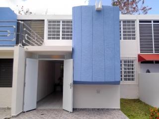 Vendo apt. de dos pisos,Villas Del Deportivo