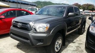 Toyota Tacoma PreRunner Gris Oscuro 2014