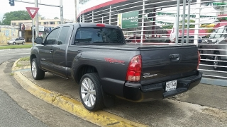 Toyota Tacoma Extended Cab Pickup Gris Oscuro 2015