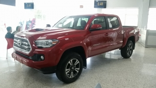Toyota Tacoma TRD Sport Rojo 2016
