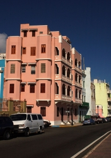 Old San Juan Penthouse Aprt with Great Ocean View!!