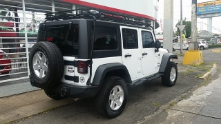 Jeep Wrangler Unlimited Freedom Edition Blanco 2013