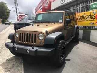 Jeep Wrangler 4x4 con aros nuevos Angel Navarro 7874042495