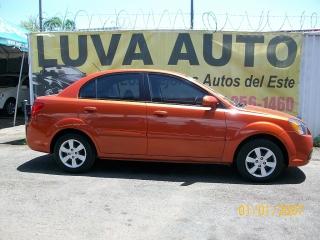 KIA RIO  LX 2011 SOLO EN LUVA AUTO