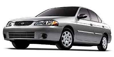 Nissan Sentra GXE Dorado 2003