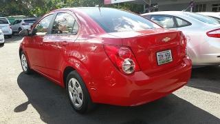 Chevrolet Sonic LS Rojo 2013