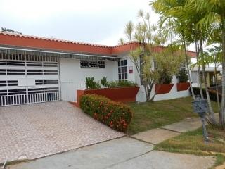 Alquiler casa en Villa Serena, Arecibo $550.00 mensual