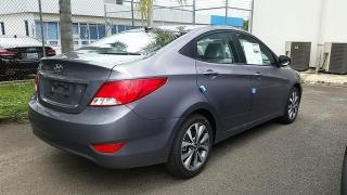 Hyundai Accent GL Gris Oscuro 2017