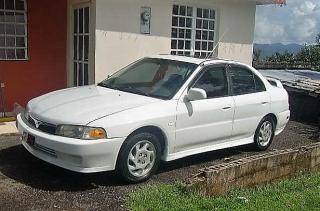 Mitsubishi mirage 1999 Blanco
