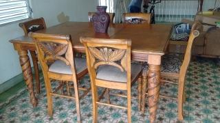 mesa de comedor con 6 sillas de caoba
