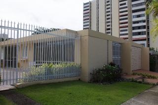Espaciosa Casa Mansiones de Garden Hills