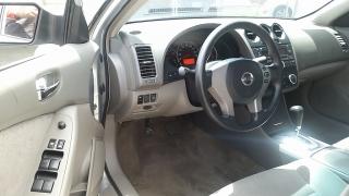 Nissan Altima 2.5 S Plateado 2010