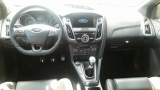 Ford Focus ST Amarillo 2016