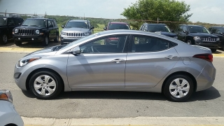 Hyundai Elantra SE Gris 2016