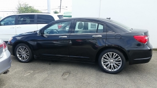 Chrysler 200 Limited Negro 2011