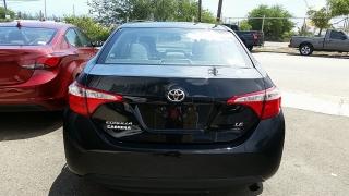 Toyota Corolla LE Negro 2015