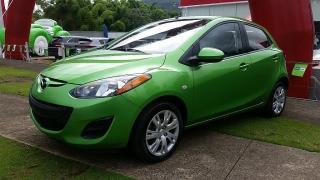 Mazda Mazda2 Sport Verde 2013