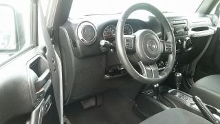 Jeep Wrangler Unlimited Sport Plateado 2016