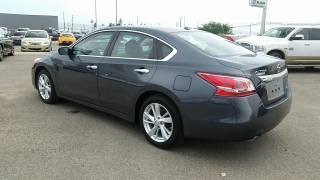 Nissan Altima 2.5 SV Gris Oscuro 2013