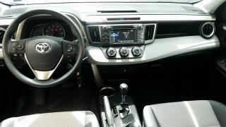 Toyota Rav4 LE Gris Oscuro 2015