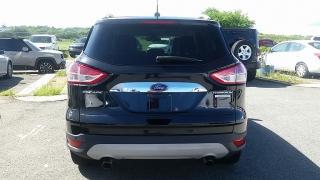 Ford Escape Titanium Negro 2015