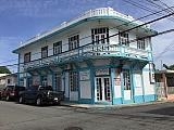 Residencia con 2 espacios comerciales en primer piso | Bienes Raíces > Residencial > Casas > Casas | Puerto Rico > Anasco