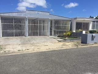Villas de Loiza 3H,1 1/2B $575
