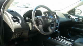 Nissan Pathfinder Gris%20Oscuro 2013