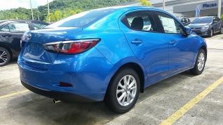 Toyota Yaris Ia Azul 2017