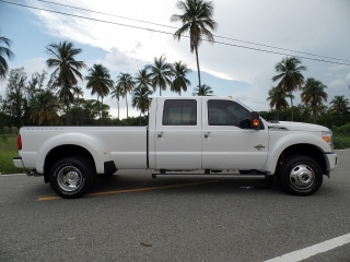 FORD F-250 DUALLY PLATINUM 2014 !WOW! SOLO 6 MIL MILLAS !!