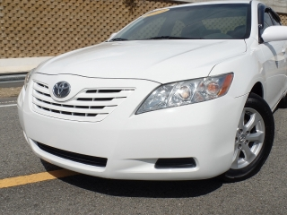 TOYOTA CAMRY LE 2009 !WOW! SOLO 54 MIL MILLAS !!