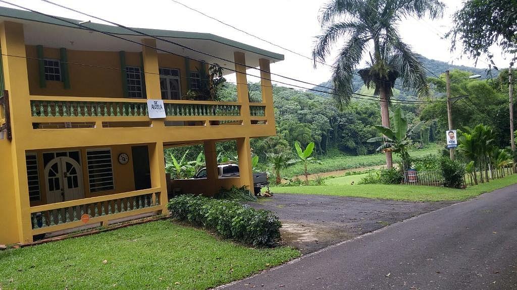 Hermosa casa de campo para rentar alquilar en anasco for Casa de campo en sevilla para alquilar