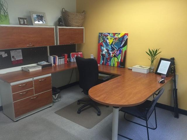 Oficina miramar santurce para rentar alquilar for Eliminar electricidad estatica oficina