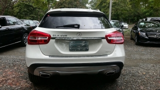 Mercedes-Benz GLA-Class GLA250 Cirrus White 2016