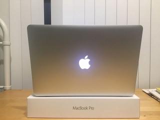 Apple Macbook Pro 15 core i 7 ano 201516GB Ram