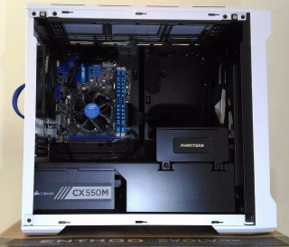 Mini-ITX Desktop PC