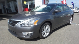 Nissan Altima 2.5 Gris Oscuro 2015